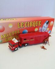 Verem Diecast Renault Animal Transport Truck Circus Arlette Gruss in Box