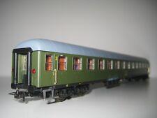 Rivarossi H0 3661 - Vagón de pasajeros 2. clase RENFE