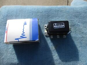Voltage Regulator Standard Motor Products VR-15 NEW NOS