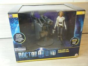 NEW SEALED DOCTOR WHO RIVER SONG WITH PANDORICA CHAIR 11TH DOCTOR SET