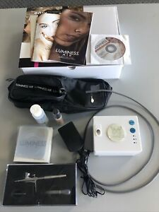LUMINESS AIR Airbrush Makeup SYS-PRO SYSTEM PC-100 Machine Case