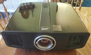 JVC DLA-RS1 D-ILA Projector