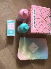 Hairburst Vitamin 60 Cap And Shampoo And Conditioner Washbag Gift Set