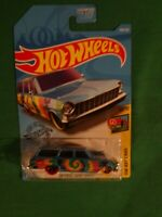 2019 HOT WHEELS '64 CHEVY NOVA WAGON HW ART CARS 10/10