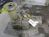 ULVAC EC803 OIL ROTARY VACUUM PUMP 3.7KW REVOLUTION #1112714C *USED