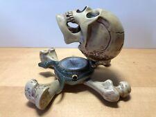 Très rare CORUM Email Jolly Roger Crâne Clock Quartz Alarme Pour Collectionneurs