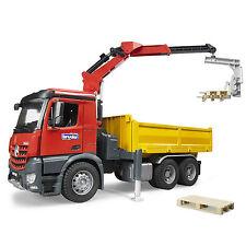 BRUDER MERCEDES BENZ AROCS - Camion con Gru / Halfpipe Dump Truck [3651]