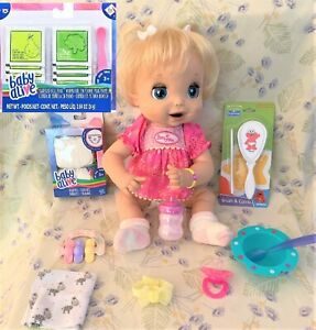 2006 SOFT FACE BLONDE TALKING BABY ALIVE ,EATS ,DRINKS ,PEES,POOPS GORGEOUS