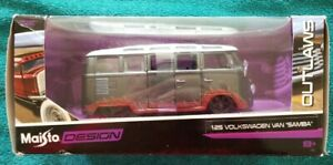 Maisto Outlaws Design 1:25 Volkswagen Samba Van