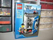 LEGO COINBANK    FROM THE CITY COLLECTION         #40110 NIB
