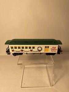 Bachmann HO Scale White Christmas Express Passenger Car