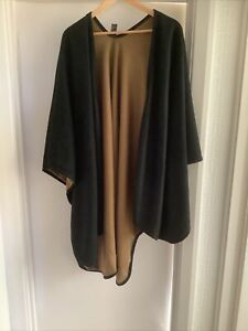 Marks And Spencer Classic Ladies One Size Black And Camel Reversible Shawl
