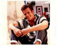 Luke Perry Beverly Hills 90210 Sexy Pin up Beach Pose Vintage 8x10 Color Photo