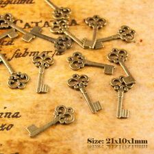 20 Antique Vintage Style Bronze Petite Clé Charms Pendentif 003