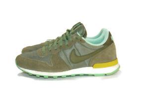 Nike Sneakers Green Gold Khaki Mint Suede Synthetic Internationalist Womens 9