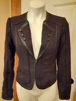 EUC WHITE/BLACK Brand size 4 Women's Ladies Blazer Jacket long sleeve trimmed