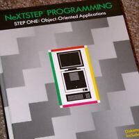 1992 NeXTSTEP Applications Programming / Steve Jobs NeXT Cube Apple OpenSTEP