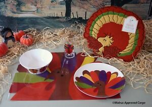 CRATE & BARREL THANKSGIVING PLACE SETTING (4 PC) & POTTERY BARN KIDS CHAIRBACKER