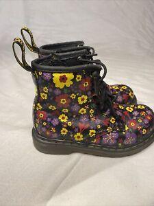 Dr. Martens Brooklee Flower boots Size 9 Toddler