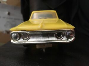 1962 VINTAGE ELDON 1/32 SCALE PLYMOUTH FURY SLOT CAR  YELLOW RUNS