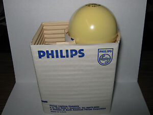 Philips 60w Bug Light Bulb, Yellow Incandescent, A19, USA, Qty discount (2 pack)