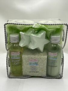 soothing spa collection bath gift set