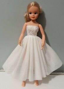 "Beautiful White Ballet / Tutu / Party Dress fits 29cm / 11"" doll Sindy Barbie"