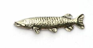 Pike Fish Pin Badge Lapel  for coarse fisherman Fishing Gift ideal Present 274