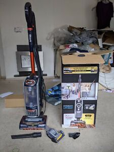 Shark NZ801UK Upright Vacuum Cleaner with Pet Hair Accessory