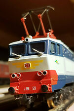 HO Gauge Class E656 FS Caimino Bo-Bo-Bo Electric locomotive DCC  6x SNCF coaches