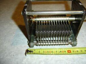 Condensateur variable 330 pF