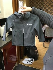 kids Columbia lightweight jacket size xxs 4/5
