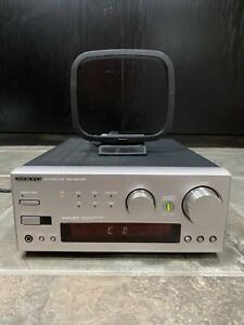 Onkyo R-805X 2-Channel Compact Hi-Fi AM/FM Stereo Receiver Bundle With Remote
