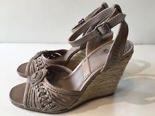 Frye Women's Patricia Concho Wedge Sandal 73854 (1094) Grey Vintage Size 7M