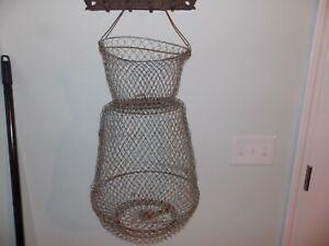 Vtg collapsible wire mesh metal fish basket creel fishing. Primitive cabin decor