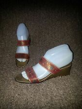 SALVATORE FERRAGAMO-Embossed-Red & Gold Leather Wedge Sandals-Sz 7AA-Excellent