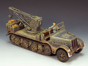 King & Country KM017 Sd. Kfz. 9 Famo Recovery Vehicle MIB Retired