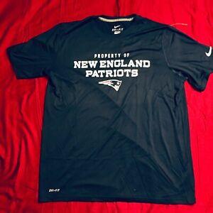 NIKE New England Patriots Men's XL Blue NWT T Shirt DRI-FIT Performance Swoosh