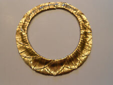 HUGE, HEAVY GOLDEN RUNWAY NECKLACE SLINKY & WAVY GORGEOUS HAUTE COUTURE