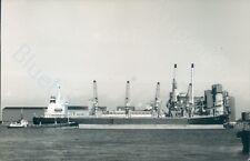 British Mt Whitspray & panamanian MV Bara at silvertown 2001 ship photo