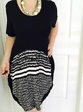NOUVELLE WOMENS DRESS TUNIC BLACK WHITE VISCOSE SHORT SLEEVE SZ 18