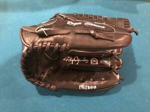 ROGER CLEMENS Signed Game Issued Glove New York NY Yankees bat baseball Red Sox