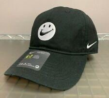 1068eedff98d8 Nike