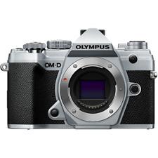 Olympus OM-D E-M5 Mark III Gehäuse / Body B-Ware 427 Auslösungen silber