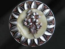 PRETTY VINTAGE SILVER TONE FLOWER POSY & FAUX MOTHER OF PEARL SCARF RING CLIP