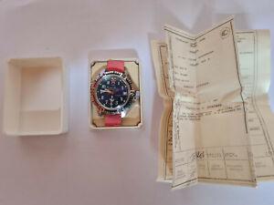 Russische UDSSR Herren Armbanduhr, Vostok, mechanisch, Handaufzug, OrginalPapier