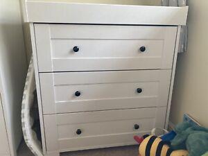 Mama And Papas Harrow Nursery Furniture Set Used