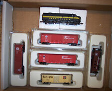 N SCALE PENNSYLVANIA  FRT.TRAIN SET 4 BOX CARS & CAB F-7 A  UNIT PRR # NND022-A