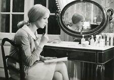 CATHERINE DENEUVE  LES PARAPLUIES DE CHERBOURG 1964 VINTAGE PHOTO ORIGINAL