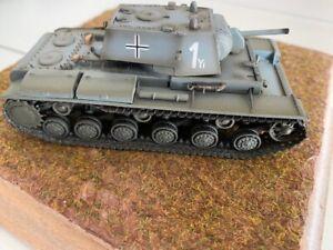 1 : 72 WWII KV 1 tanque pesado Beutepanzer 8th Panzer Div. 1941